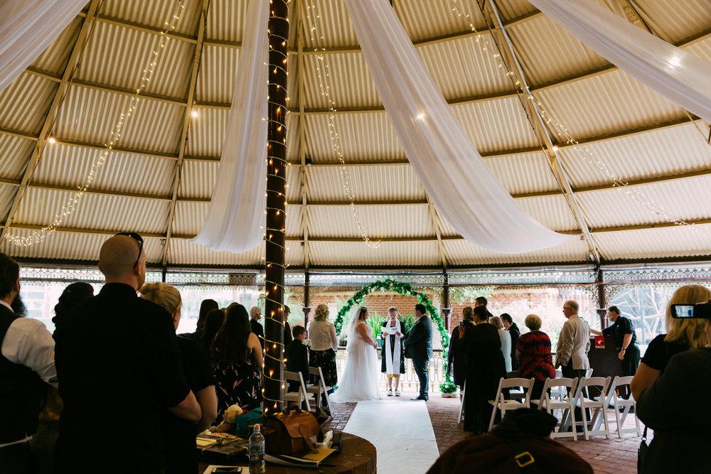 Adelaide Zoo Wedding in the Rain 036.jpg