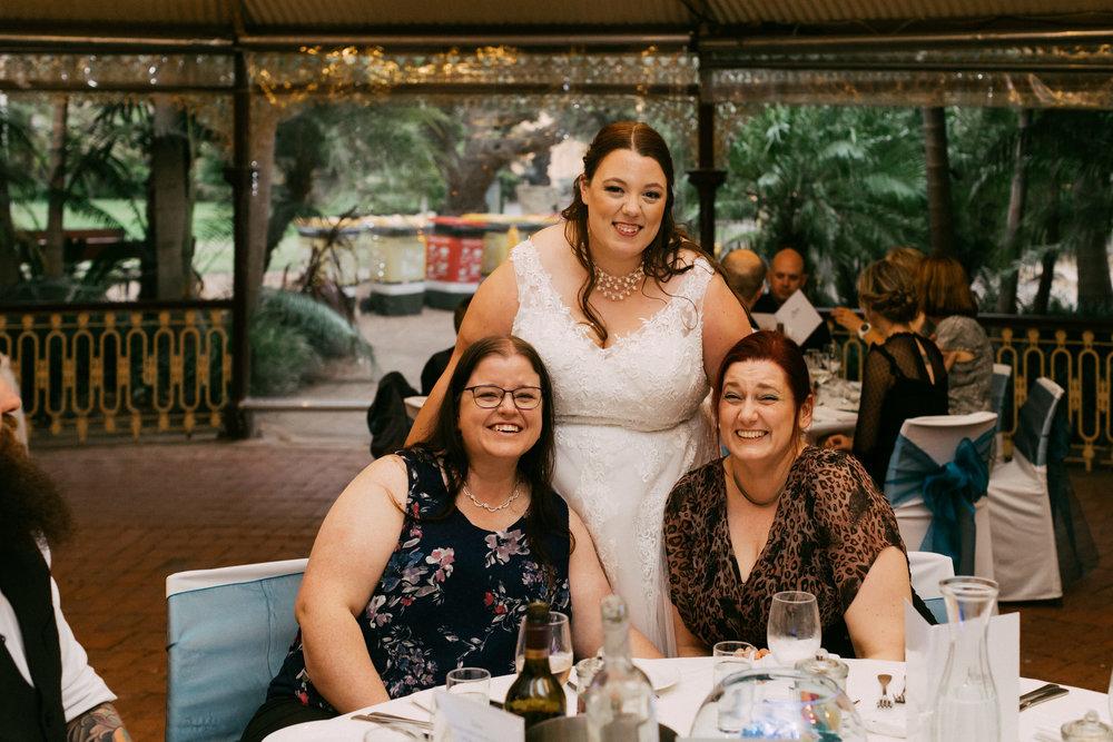 Adelaide Zoo Wedding in the Rain 091.jpg