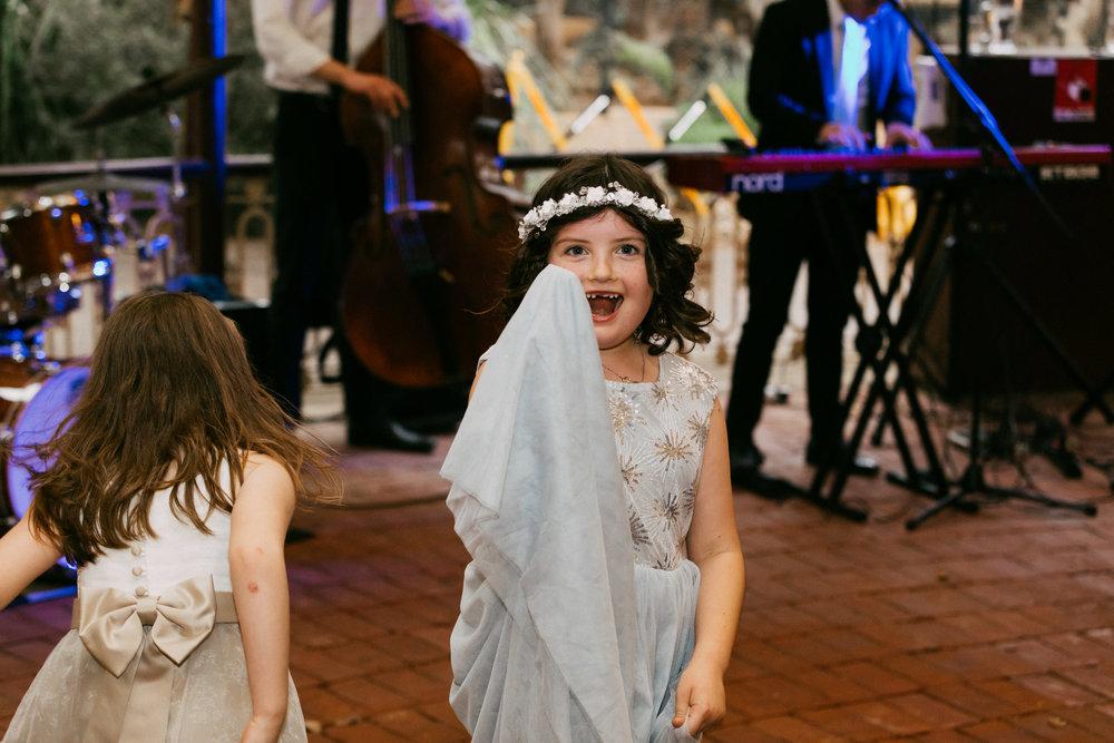 Adelaide Zoo Wedding in the Rain 100.jpg