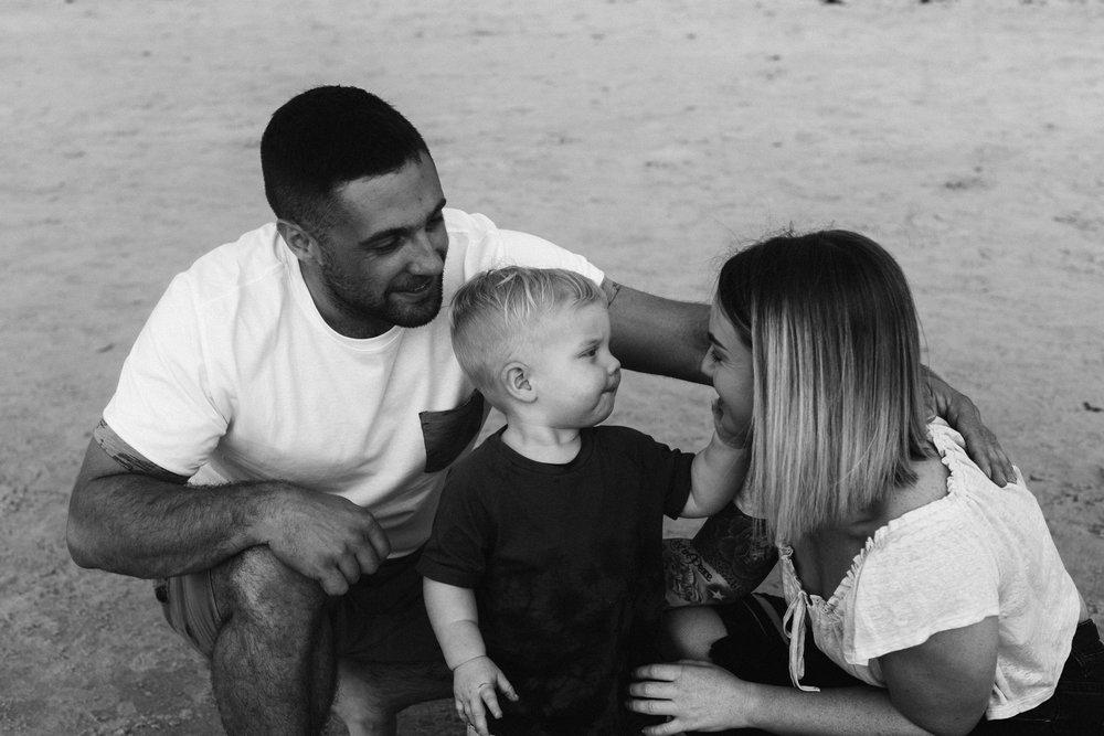 Family Portraits Beach Park 023.JPG