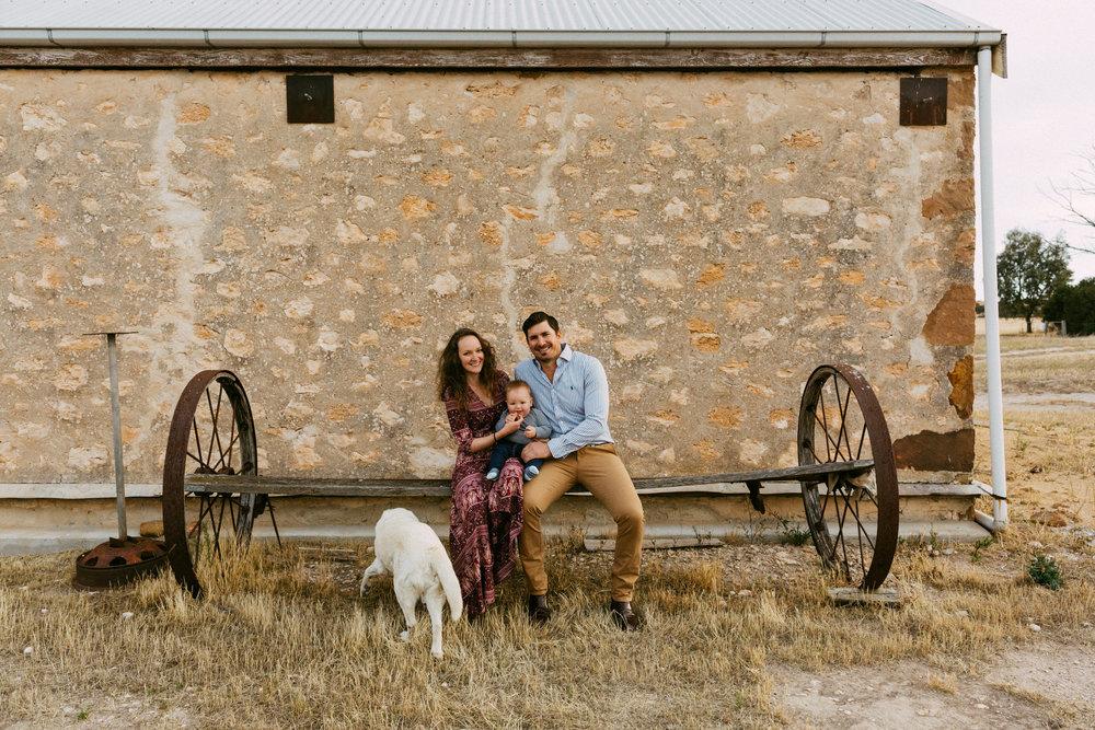 Natural Australian farm family portraits 005.JPG