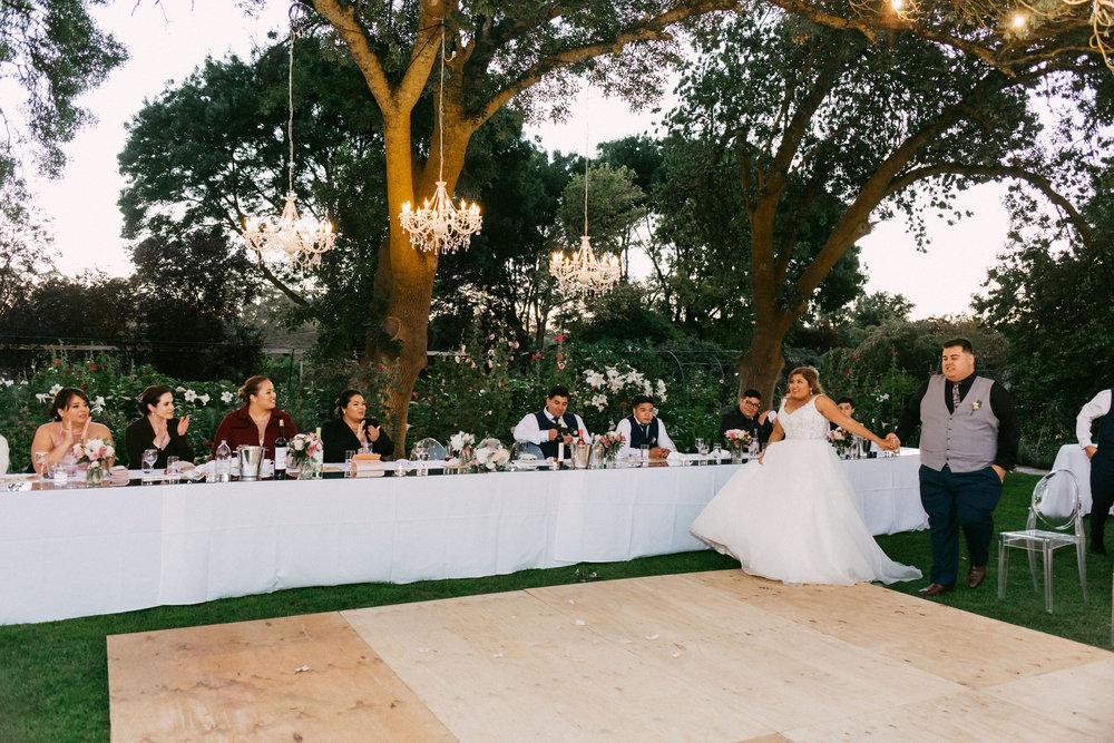 Al Ru Farm Summer Wedding 140.jpg