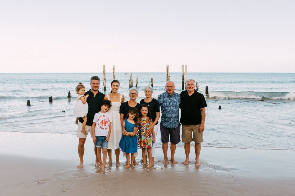 Natural Portraits for Large Family on Beach South Australia 001.JPG