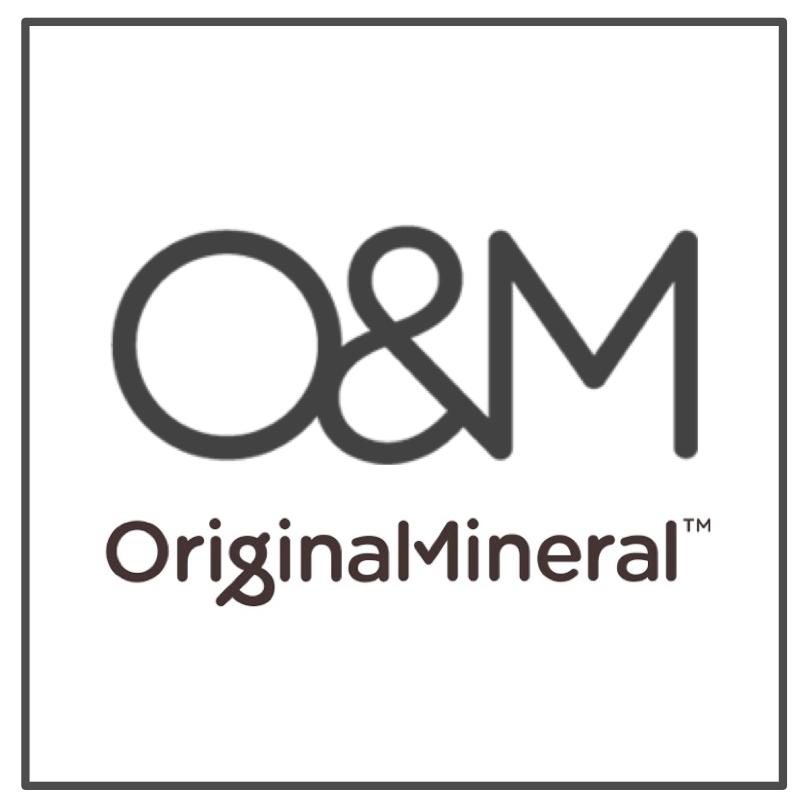 O&M ORIGINAL LOGO  BOX.png