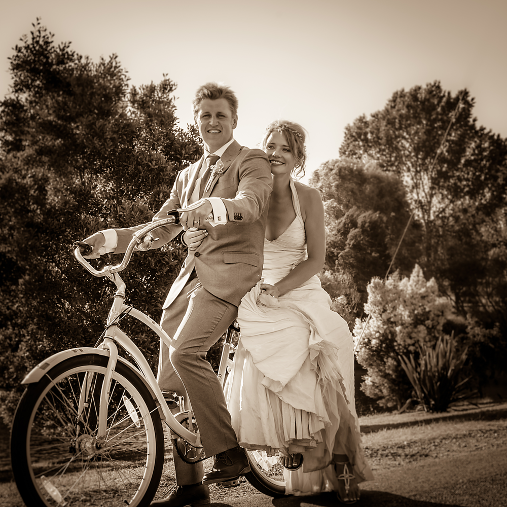 WILKOGRAPHY---Hector-&-Lucys-Wedding-5.png
