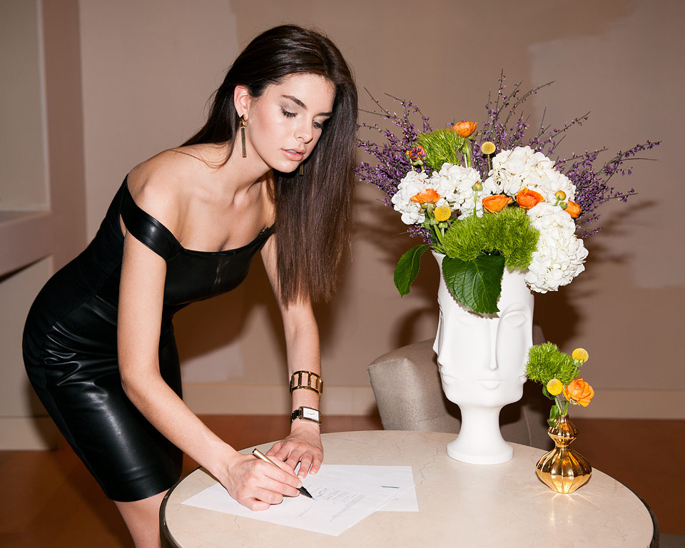 Jasmine Alleva signing her first major modeling contract.