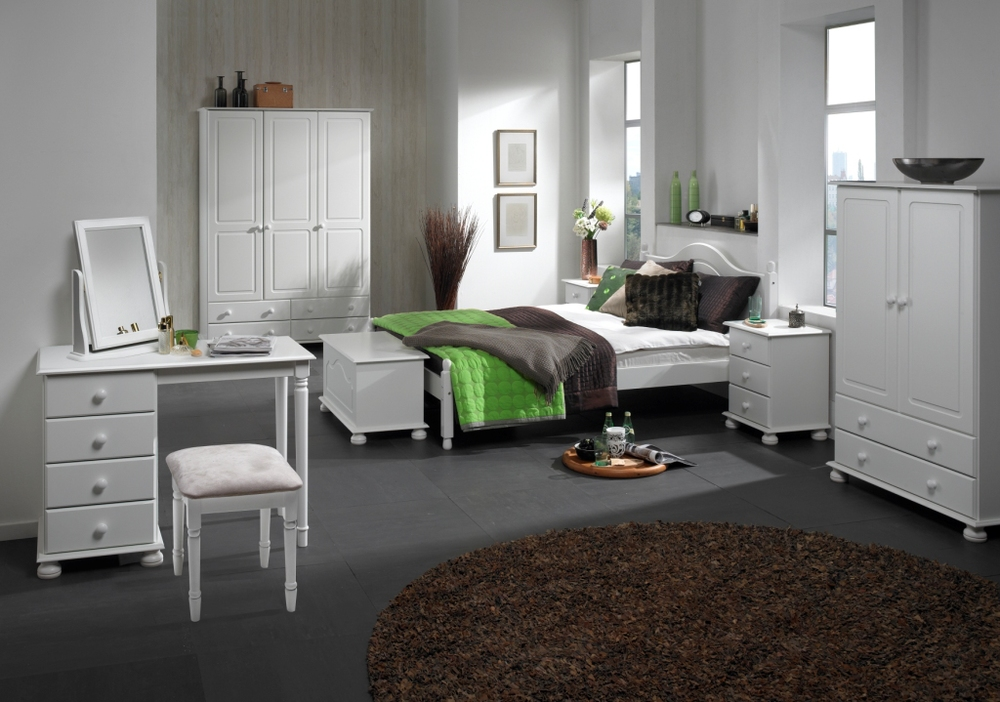 Quality Furniture from Etrading1 Direct Limited