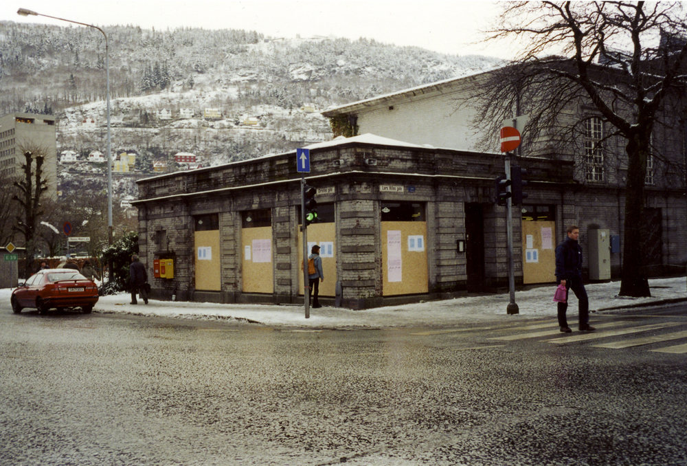 Adhan Corner-Bergen 02.jpg