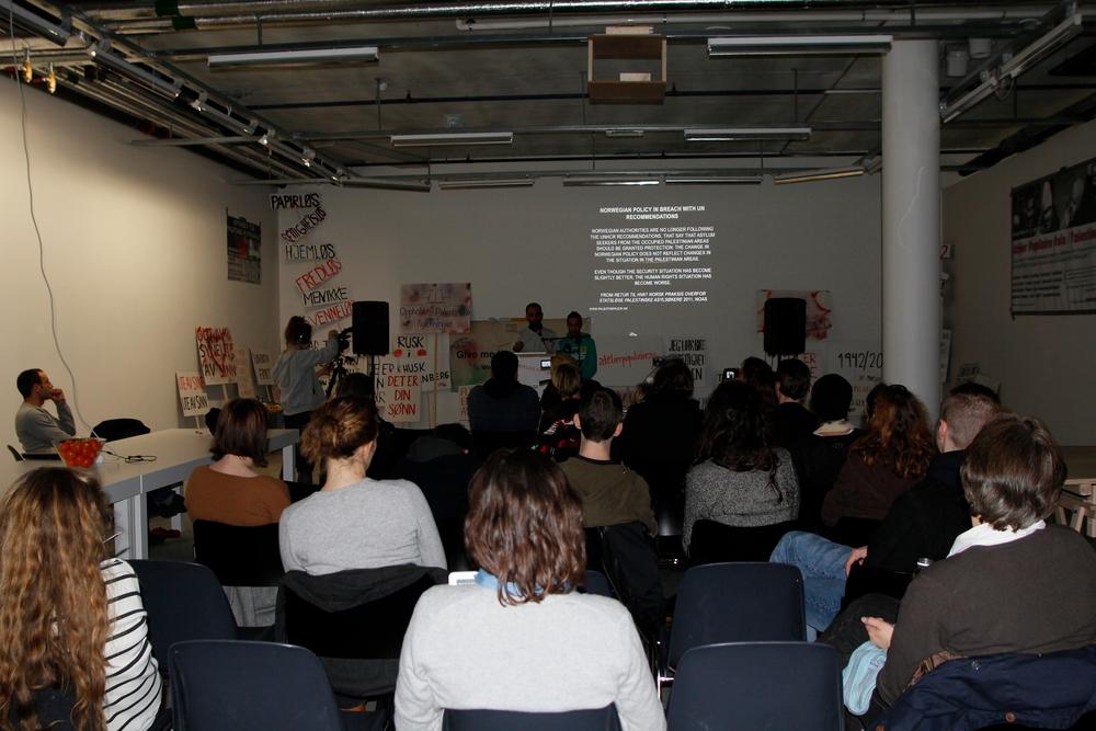 10 A.Lange-Dokumentasjon Atelier Populaire Oslo-Palestinerleir 73.jpg