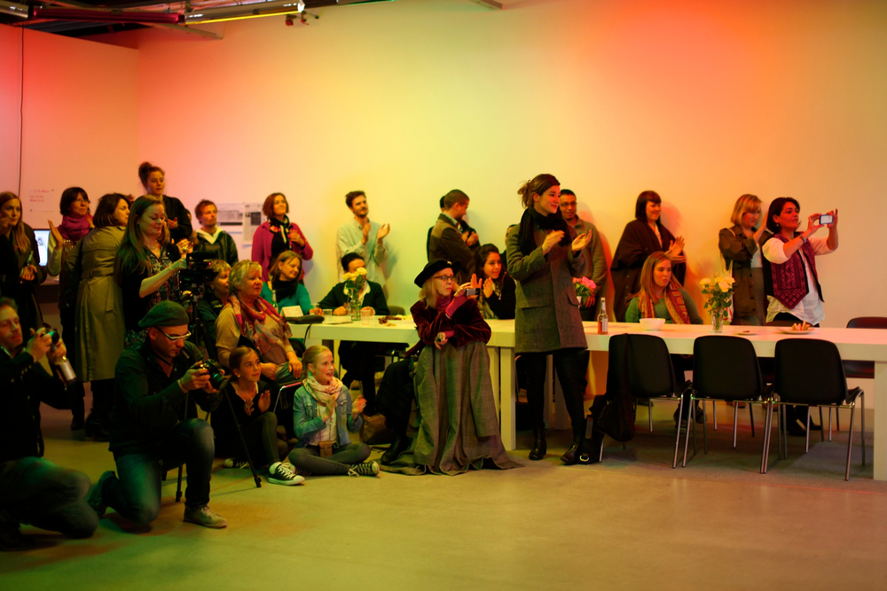 13 A.Lange-Dokumentasjon Atelier Populaire Oslo-Palestinerleir 96.jpg