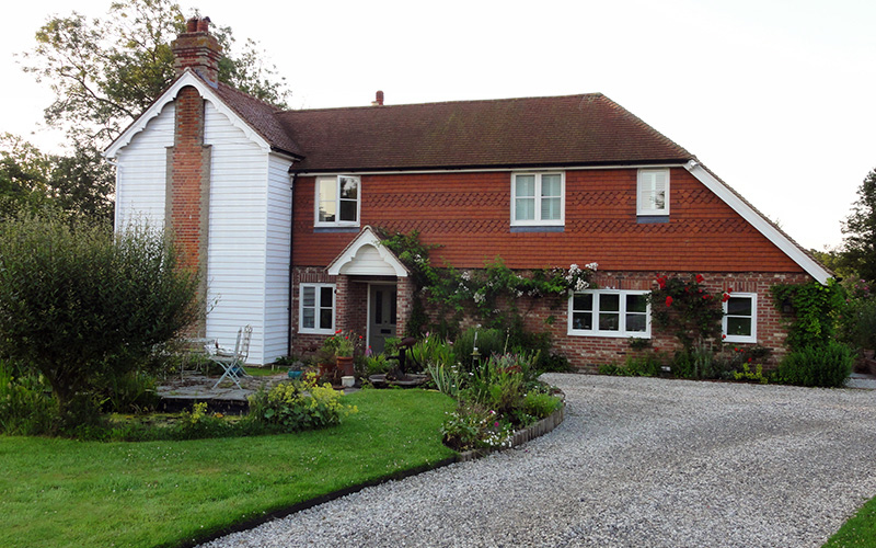THE WELL HOUSE - EXTENSION & RENOVATION OF A KENT COUNTRY COTTAGE