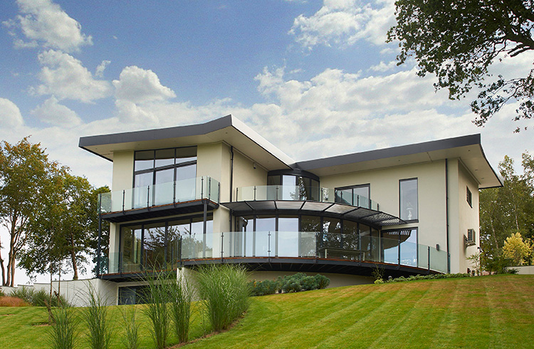 CHERRY TREES - DESIGN & BUILD OF A BESPOKE CONTEMPORARY NEW BUILD HOUSE
