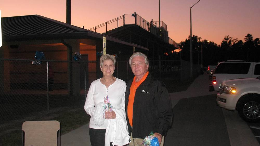 Alumni Alene and Glen Walton .jpg