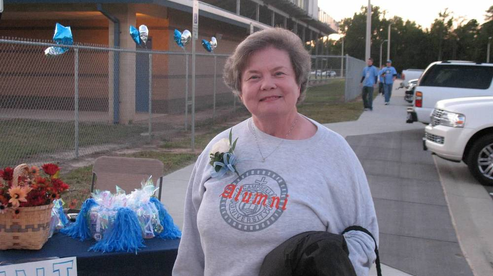 Alumna Olive Pope ready for Homecoming.JPG