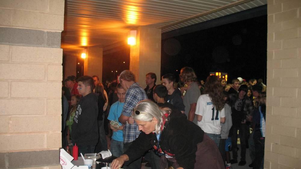Hungry Fans at Homecoming.JPG