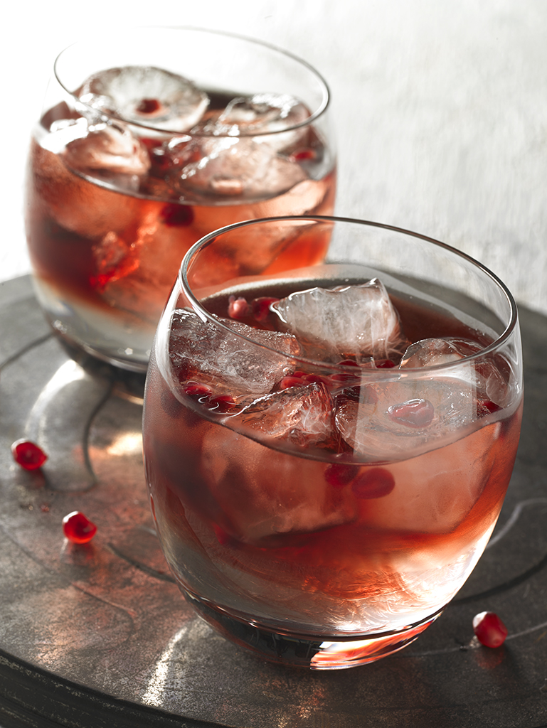 Pomegranate cocktail_79636 .jpg