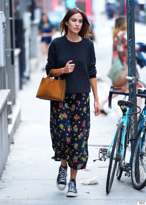 how to wear a cable knit sweater, floral maxi skirt, and chuck taylor sneakers