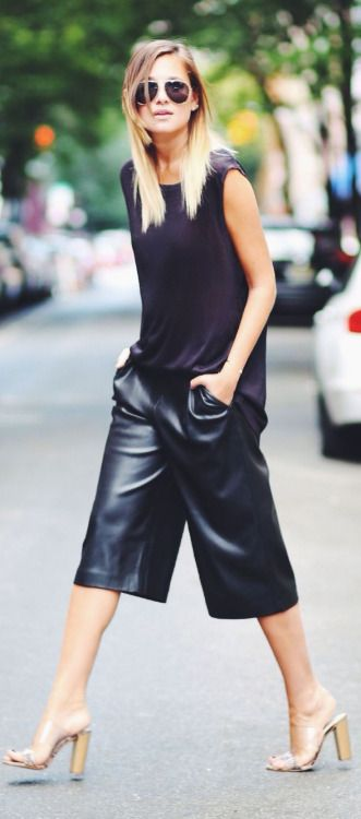 how to wear leather culottes, stacked heel sandals, aviator sunglasses and a black  tank top
