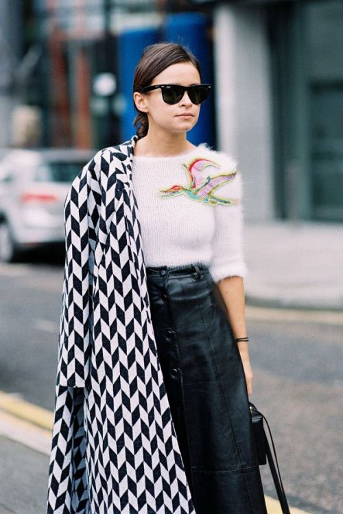 how to wear a printed coat, ray ban sunglasses, leather skirt, embellished sweater