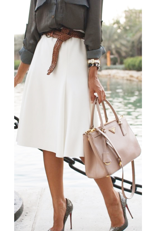 found on thefiercediaries.com Perfect for:Hourglass & Rectangle Body Types
