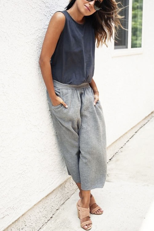 found on sincerelyjules.com Perfect for: Hourglass (go with a more fitted tank) & Rectangle Body Types