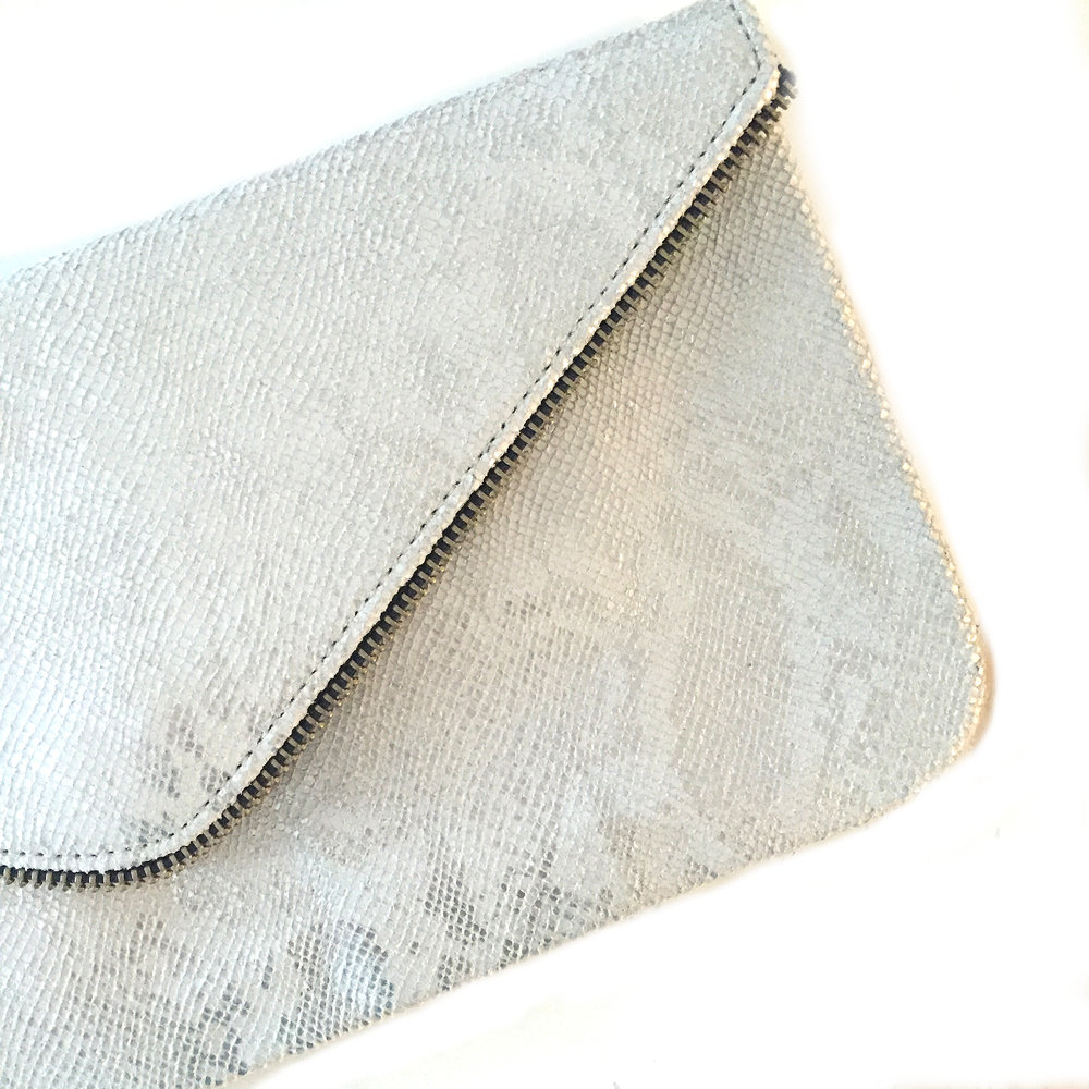 Pearl Boa Zipper Clutch