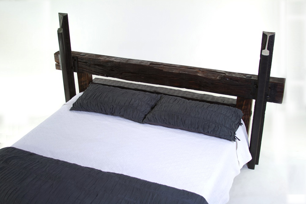 Milepost Bed (King)