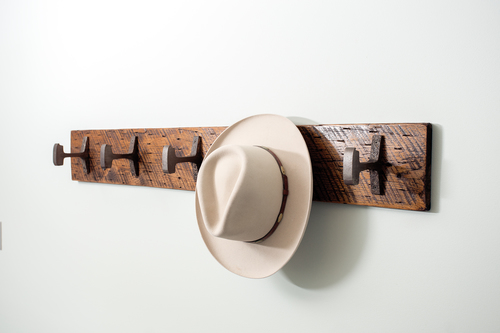 PDF Plan: Wall Mounted Hat Rack – Woodworking Projects