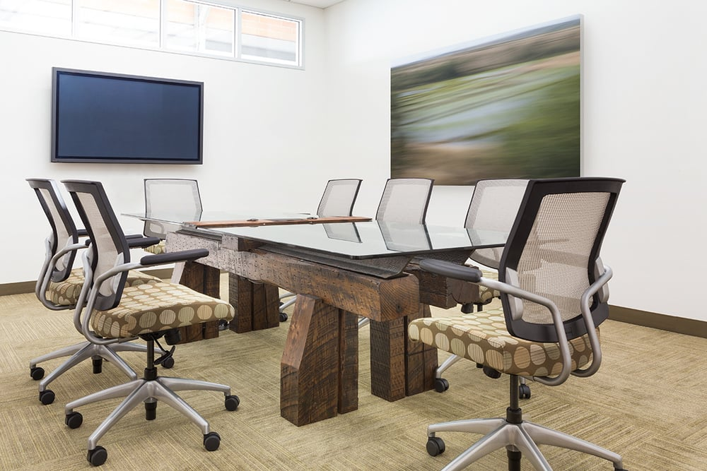 Streamliner Conference Table