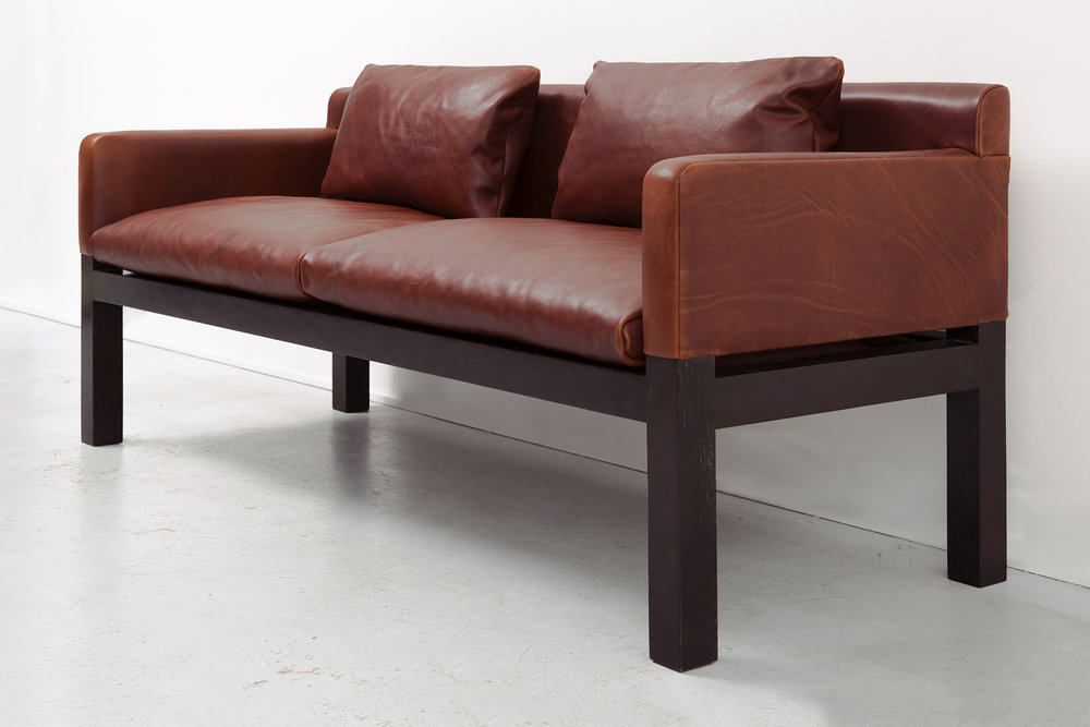 DUNBAR POST + BEAM SOFA BY JOHN SALADINO