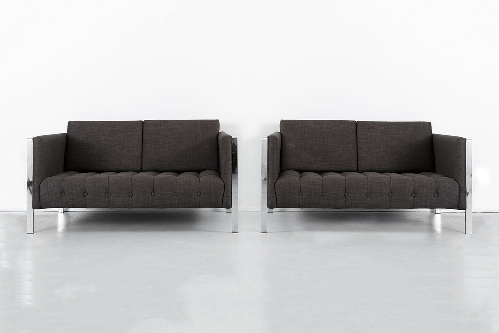 SET OF FOUNDERS SETTEES BY JACK CARTWRIGHT