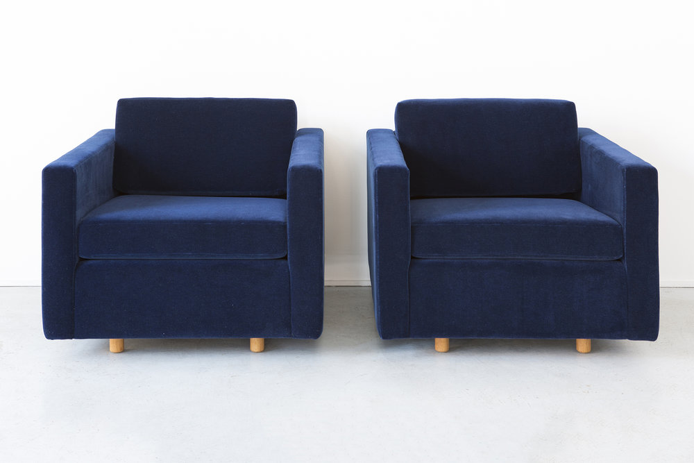 SET OF JACK CARTWRIGHT CUBE CHAIRS