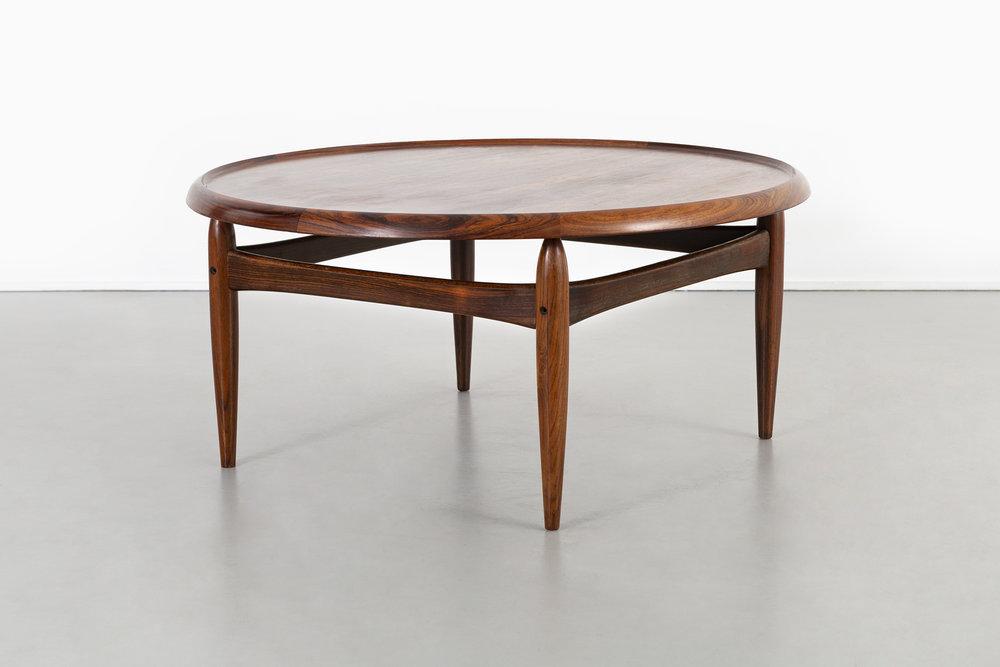 Superbe KURT OSTERVIG MID CENTURY MODERN ROSEWOOD COFFEE TABLE