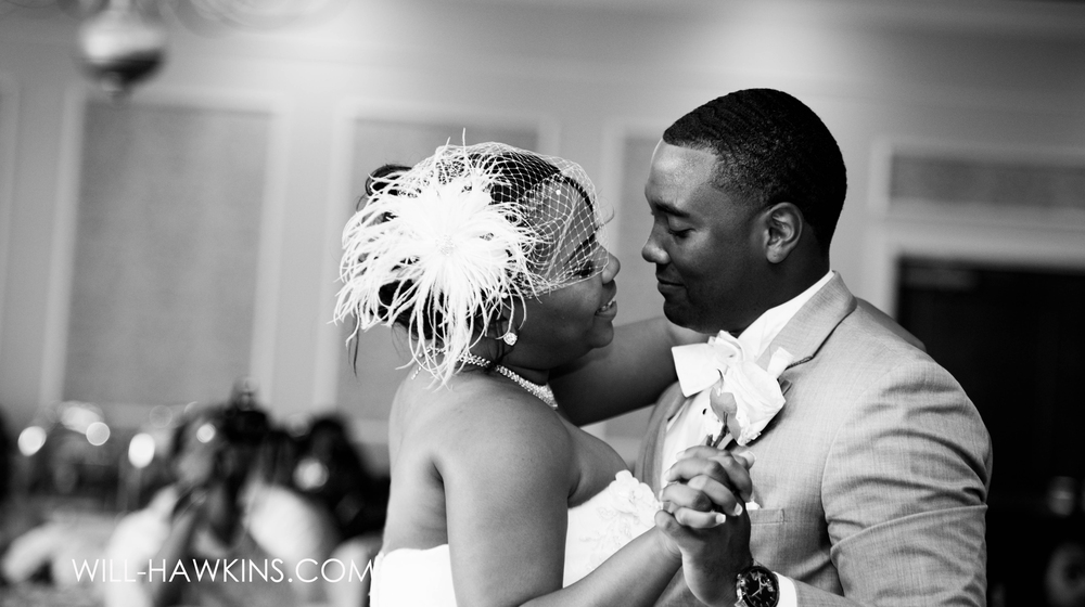Will Hawkins Photography First Dance Virginia Beach Wedding Photographer Virginia Beach Wedding Photography Hampton Roads Wedding Photographer Wedding Photographer