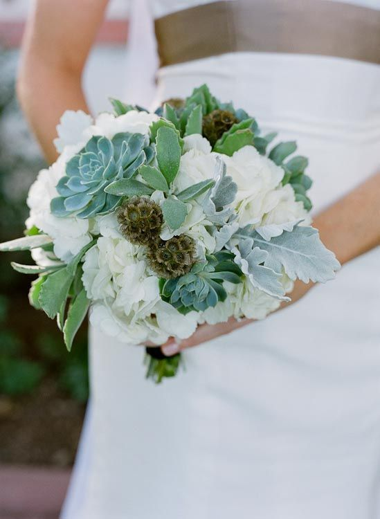 Succulents_via_smp_q_weddings