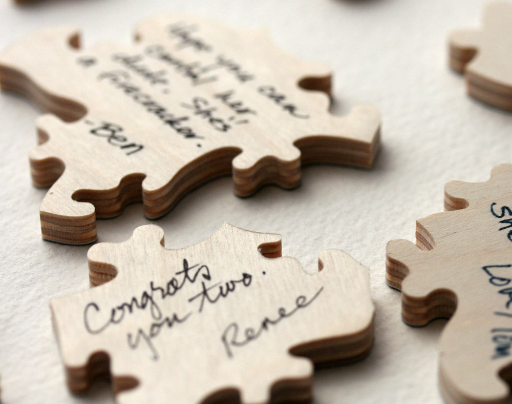 Wood_puzzle_wedding_guest_book