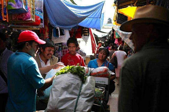 Day12-Oaxaca-ir-de-compras-02 2.jpg