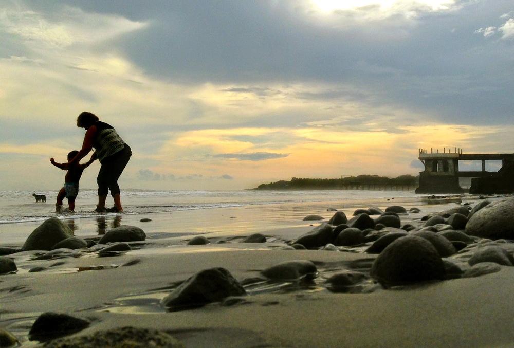 el-salvador-beach-01.jpeg