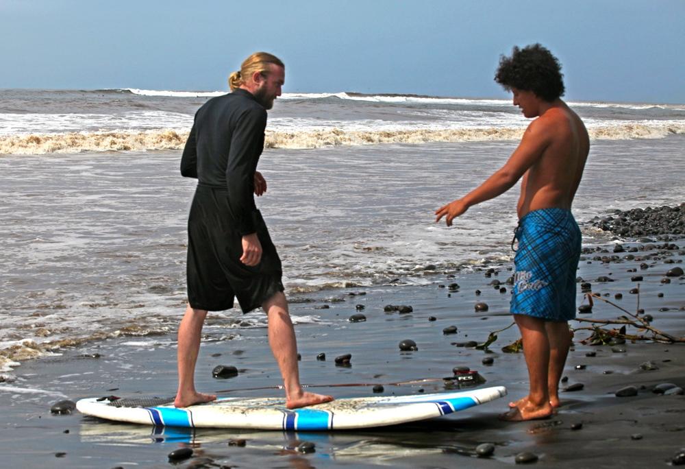 el-salvador-surfing-01 2.jpeg