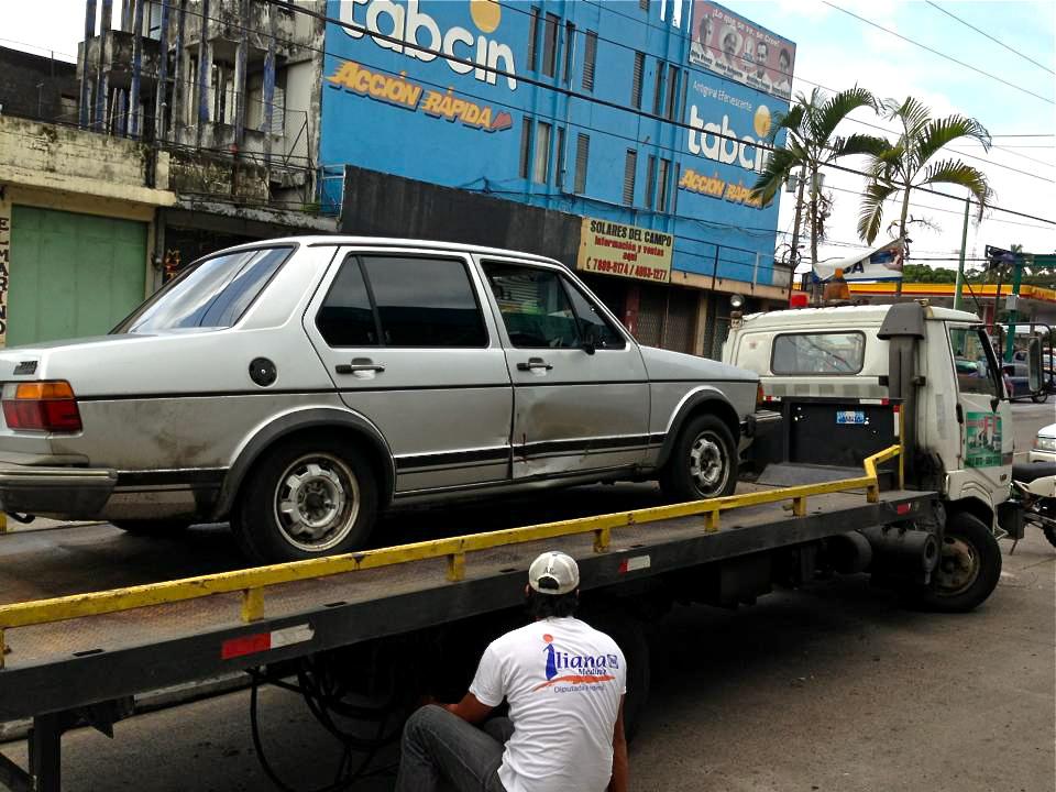 10 Tow truck.jpg