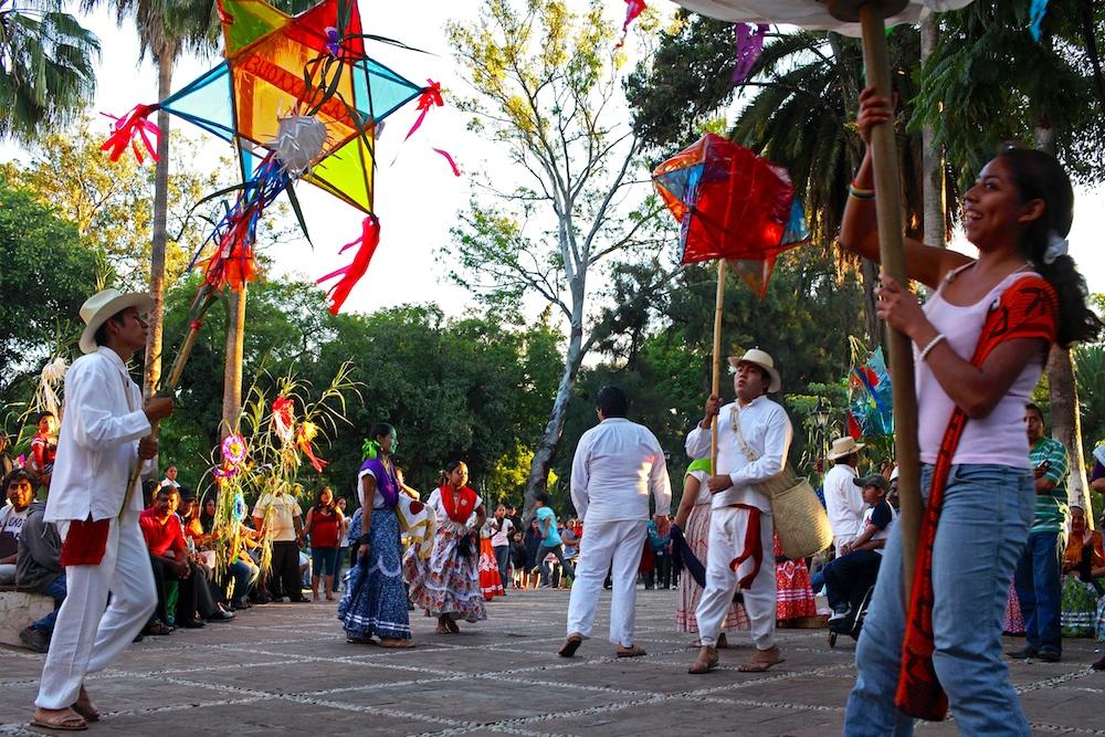 15 day11-oaxaca-festival-01.jpg