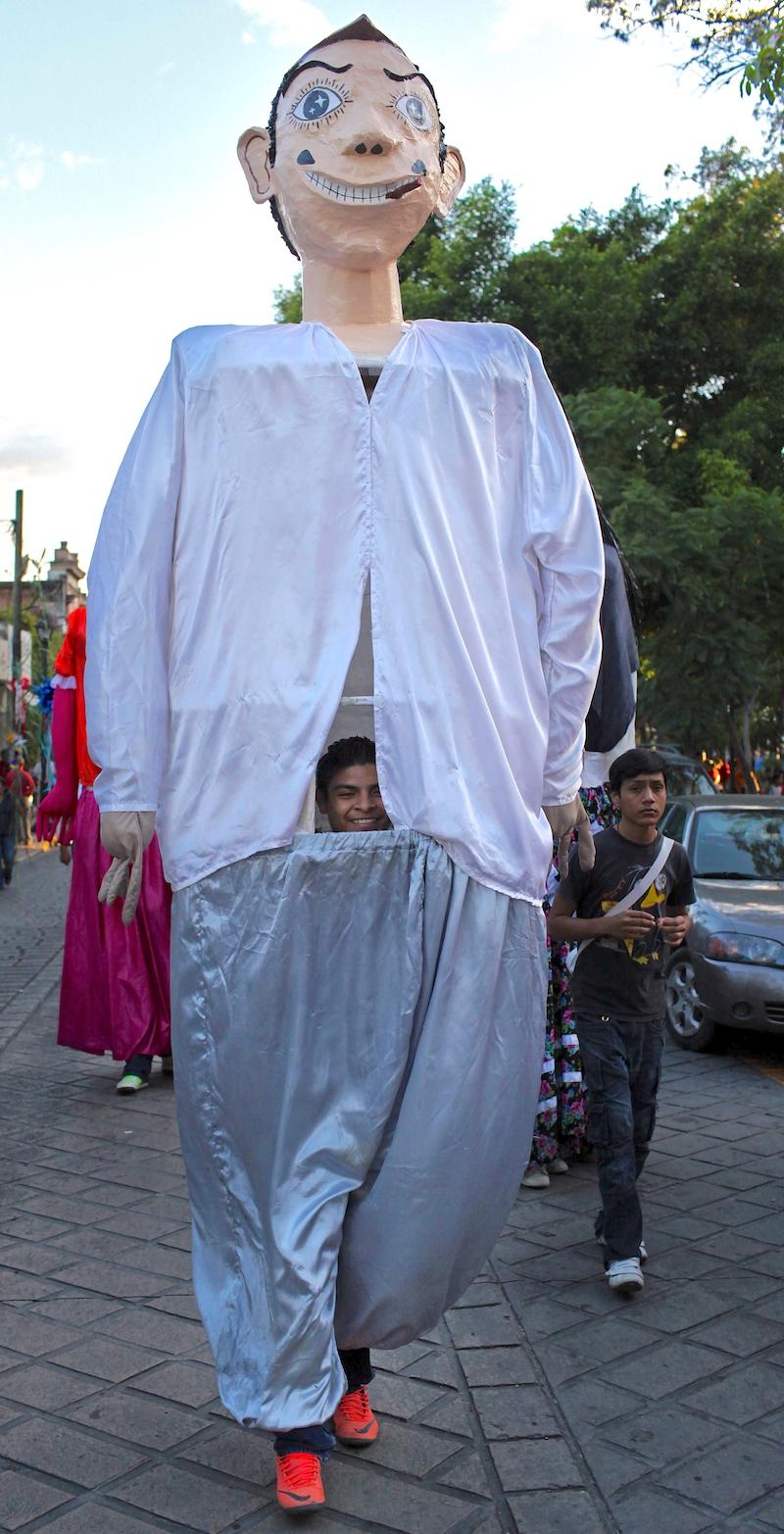 17 day11-oaxaca-festival-03.jpg