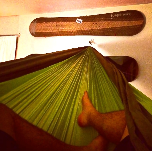 Relaxing in my #Pares, admiring the retired #ozsnowboard. Wasn't ready to give up hammock season!