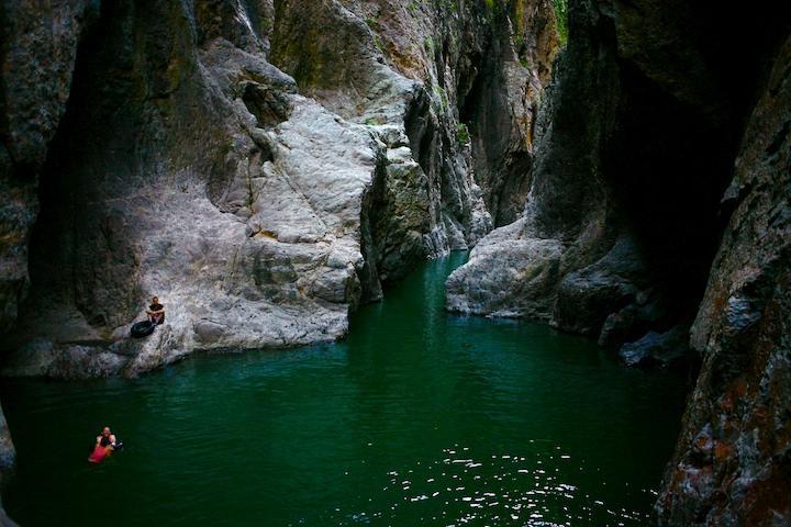 Canyon room. Very deep here!