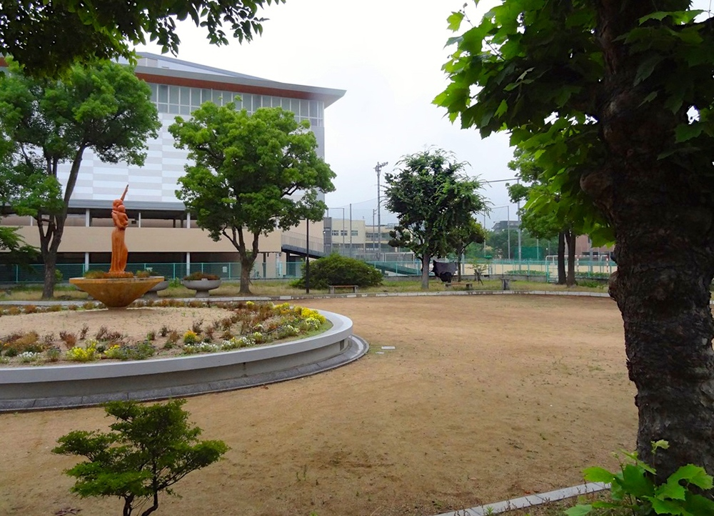 Okayama Park Near Apartment complex PS.jpg
