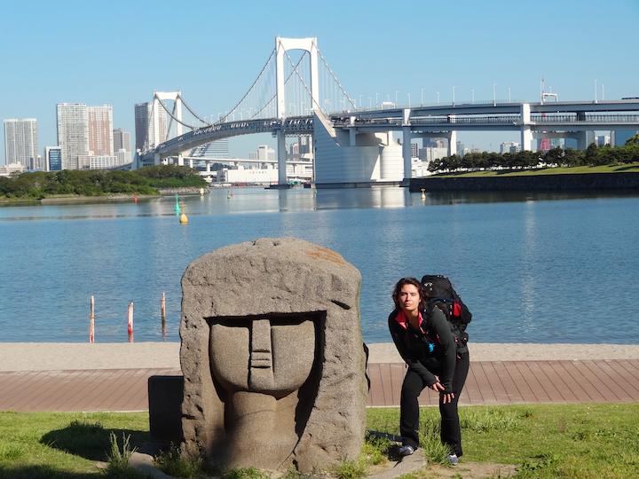 Ash+Imitating+statue.png