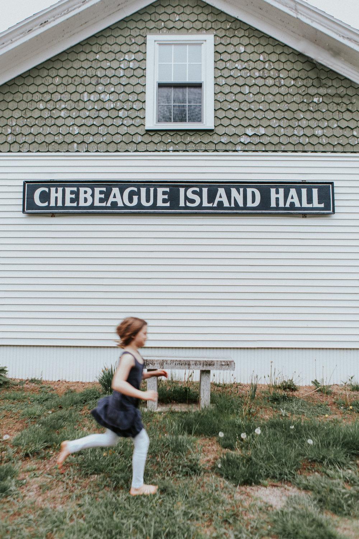 © Heidi Kirn Chebeague Island Maine Engagement Family Photos-7716.jpg