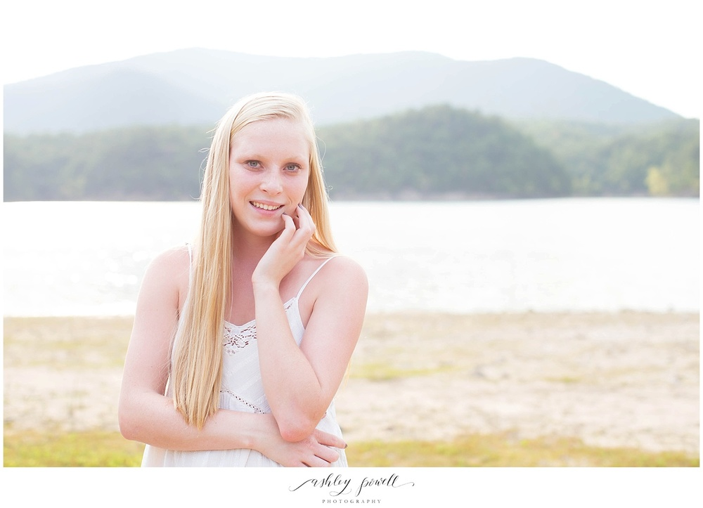 Senior Portrait Session | Ashley Powell Photography | Roanoke, Virginia