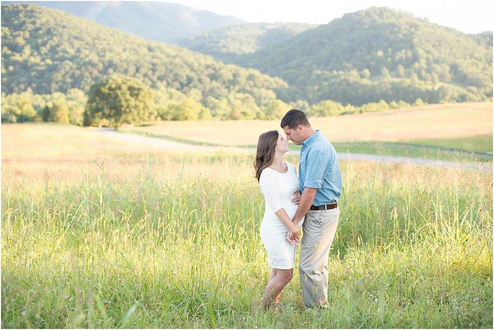 Maternity Session | Ashley Powell Photography | Roanoke, VA Photographer