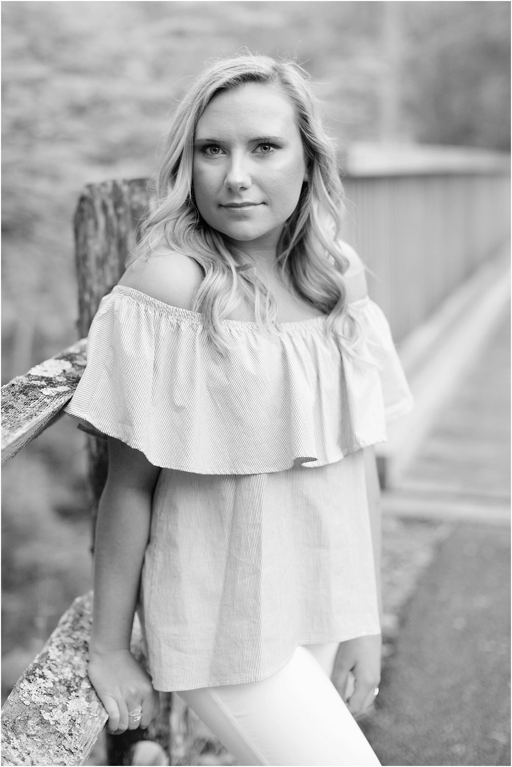 Senior Portrait Session | Ashley Powell Photography | Roanoke, VA Photographer | Radford University